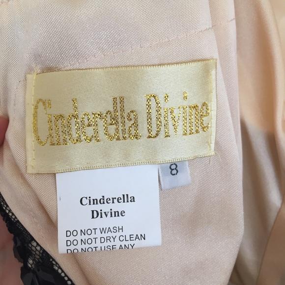 Cinderella Divine 1483 Long V Neck Purple Semi Formal